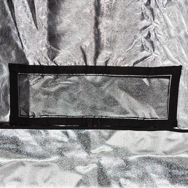 Pirate Box 120 x 120 x 200 cm