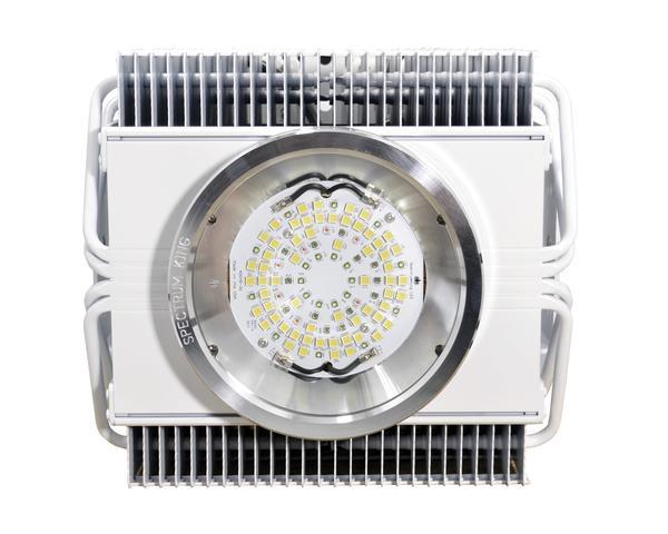 Spectrum King SK402 LED Grow Light 120º Reflector + dimmer